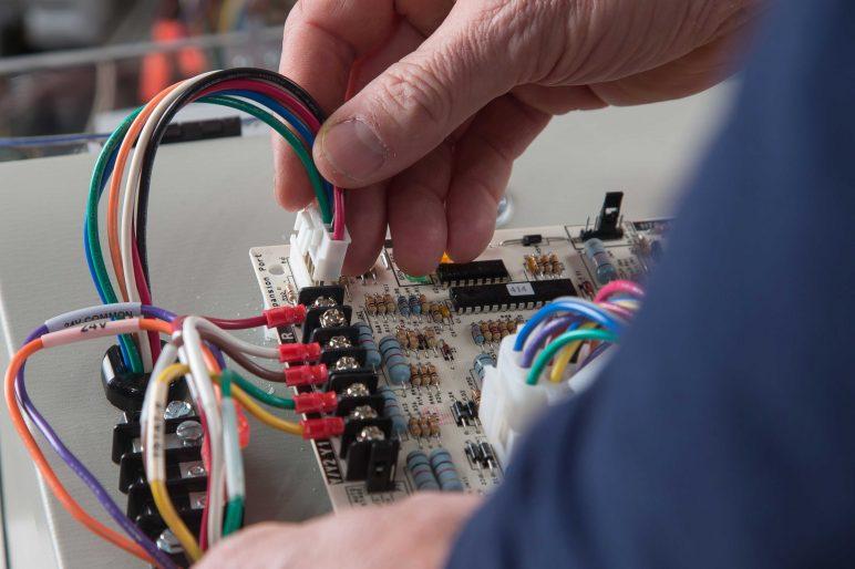 Edgetek | Testing Fixed Torque ECM Condenser Fan Motors